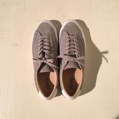 ASAHI BELTED LOW SUEDE  GRAY / M020