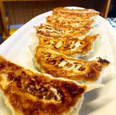 暑い夏には餃子!世の中餃子ブームだし、全国の餃子を取り寄せて食べ比べよう!