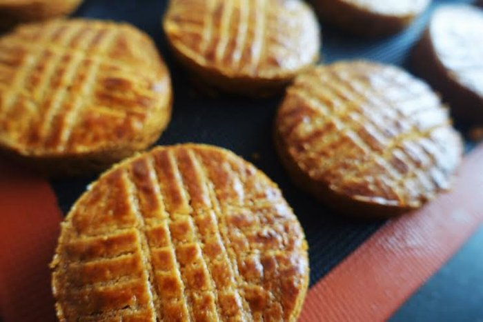 フランス郷土菓子のひとつ、とっておきのガレット・ブルトンヌ。
