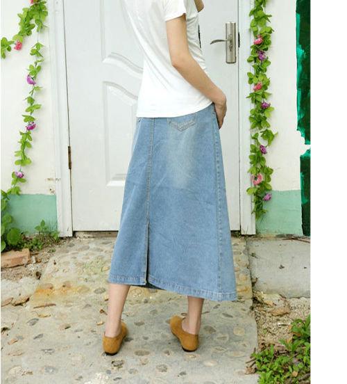 淡めカラーのデニムが爽やかな台形シルエットのロングスカート☆