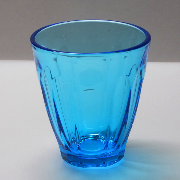 青森のあざやかなカラーグラス「DOUBLE F(ダブルF)」