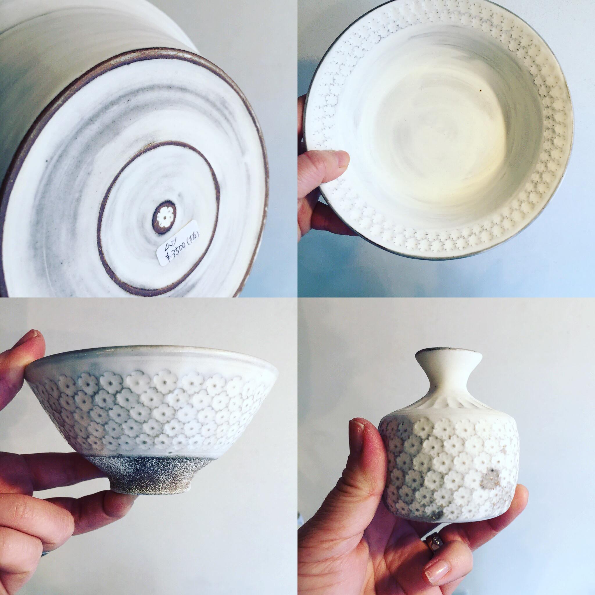 武曽さんの可憐な印花シリーズが入荷。鉢の底にもポチリと一輪。