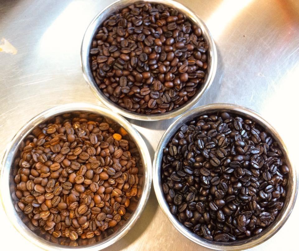 珈琲豆の焙煎は3種類からお好みを選ぶ