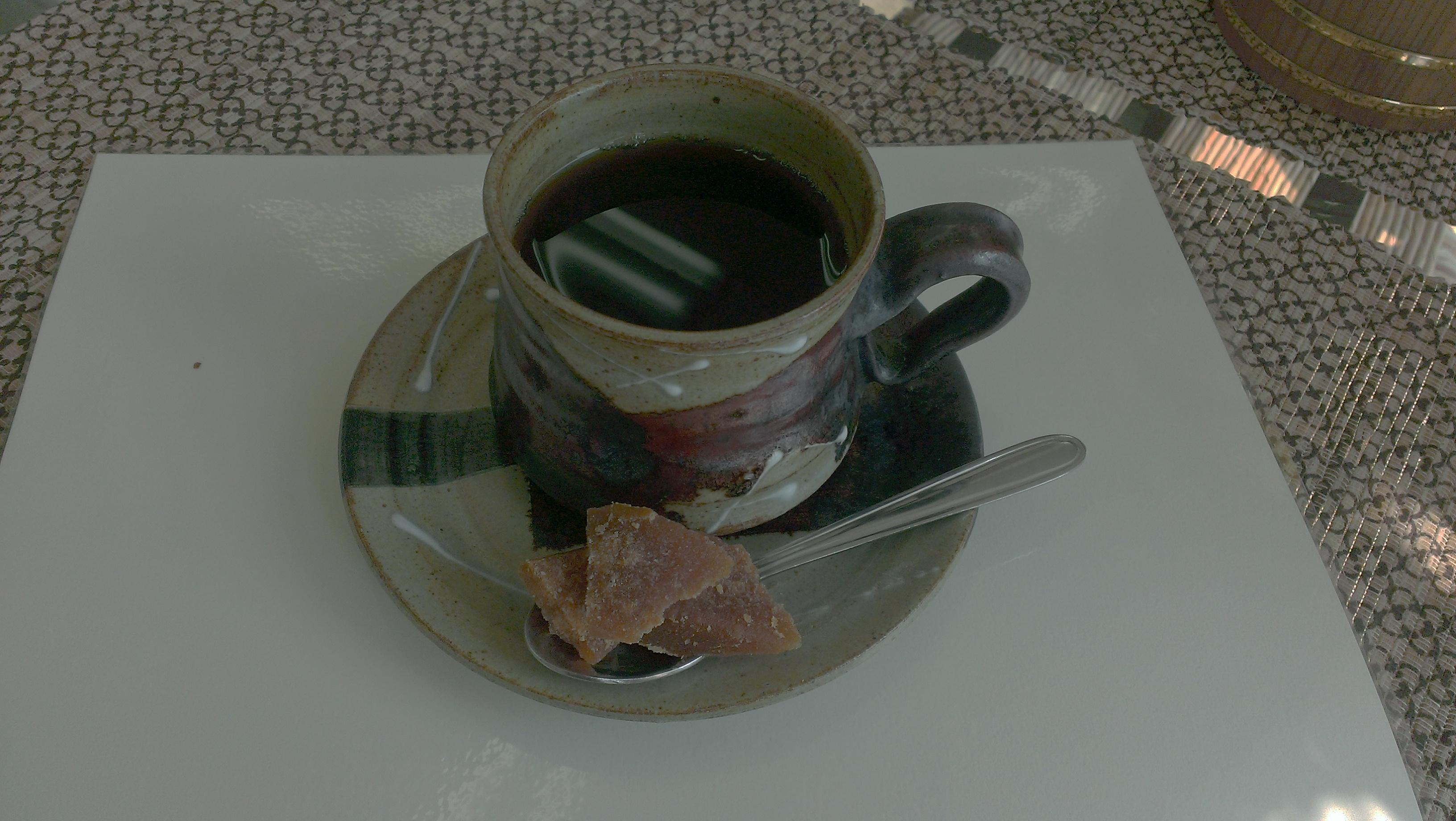 ~スリランカコーヒー&ジャガリー<孔雀ヤシの砂糖>~