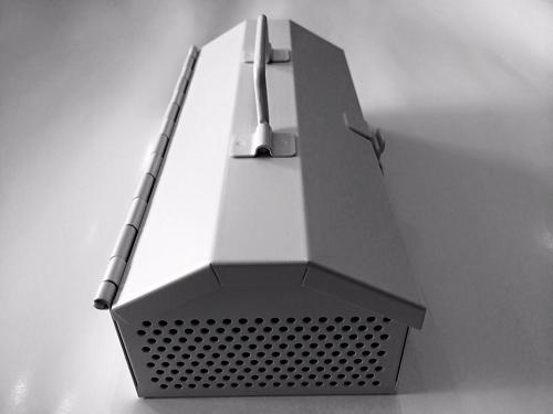 秋の夜長に月見と音楽 SHUTTLE HANDY JUKE BOX 無電源スピーカー