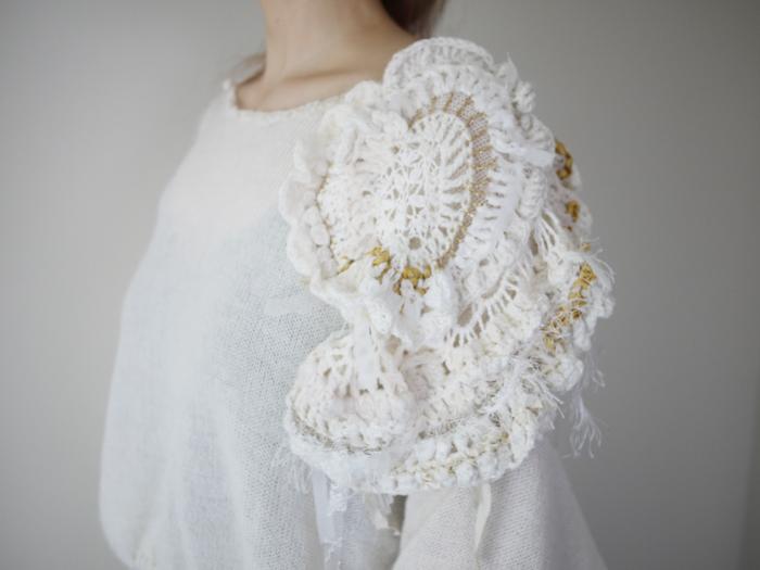 Flower Shoulder Knit